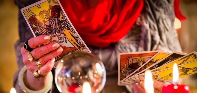 Гадание на картах шар гадание онлайн три карты таро